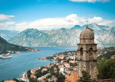 Zatoka Kotorska w Czarnogórze - panorama z góry